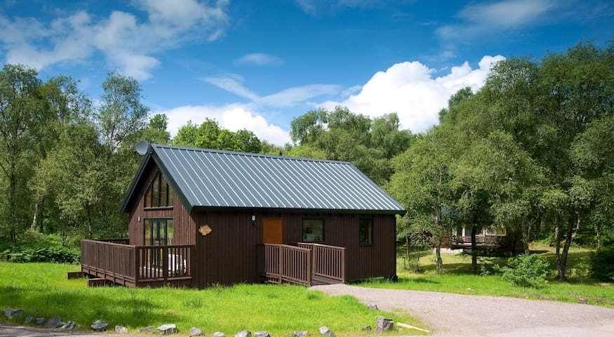 Bracken Log Cabin