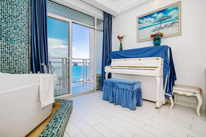 一只鱼•彼时光钢琴海景大床房