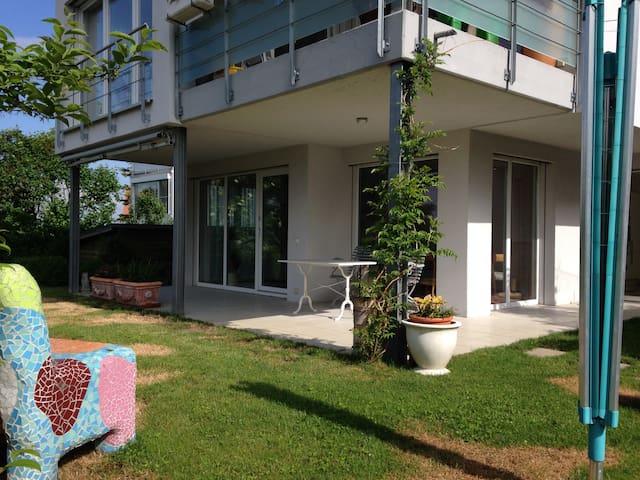 Moderne Wohnung mit Blick auf Basel - Weil am Rhein - Pis