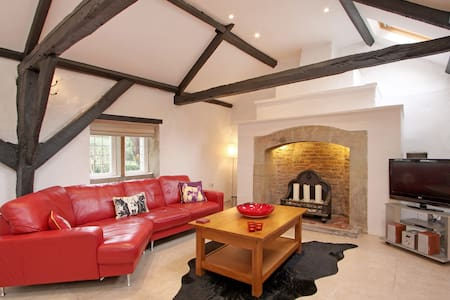 Charming Yorkshire Stone Cottage - Knaresborough
