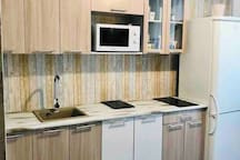 Привлекательная Квартира на Линейной, 122 с сауной