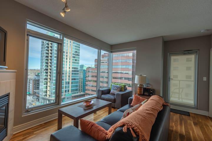 West Side Suite. 1Bdrm with Peace Bridge Views!