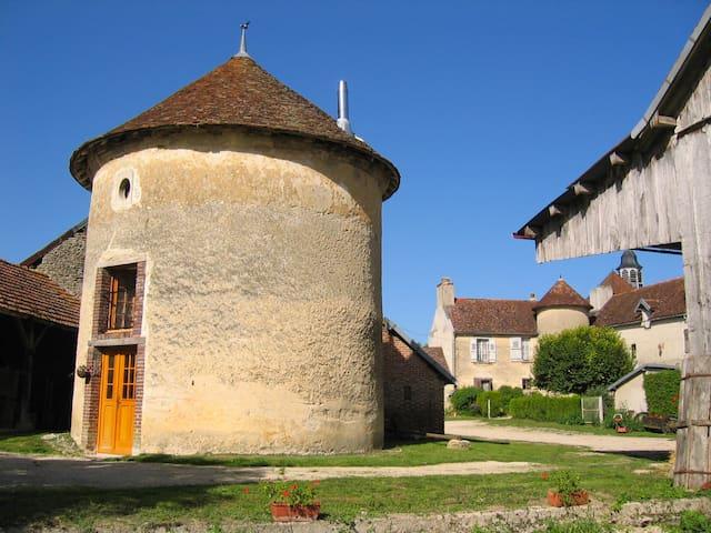 Le Pigeonnier de Fouchères - Fouchères