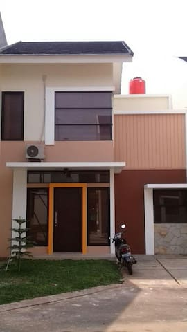 Rooms for Rent (Depok) #2 - Kota Depok - House