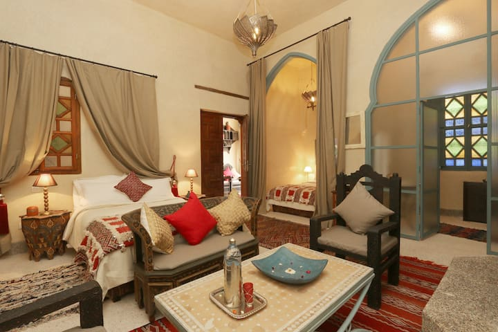 room 4 pax in the center - Marrakesch - Bed & Breakfast