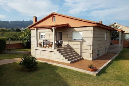 Casa con vistas al mar - Sanxenxo, Galicia, ES