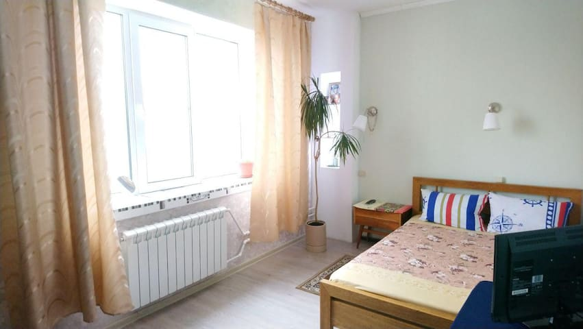 Apartment near metro station (~10 min)