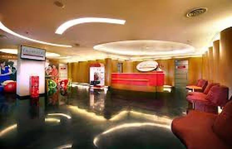 Paradise Place - Kecamatan Sawahan - House