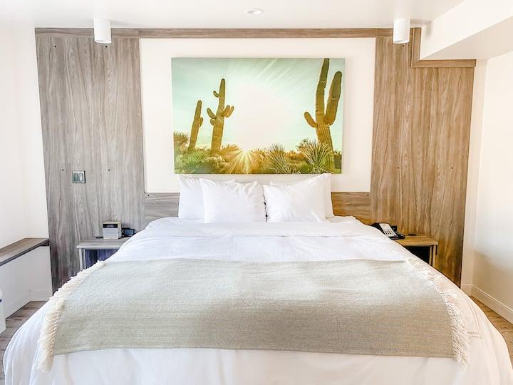 Cactus Getaway Hotel Suite | Walk Everywhere!