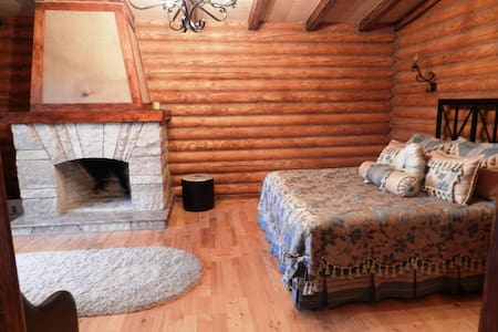 Junior suites in log cabin - Geghadir
