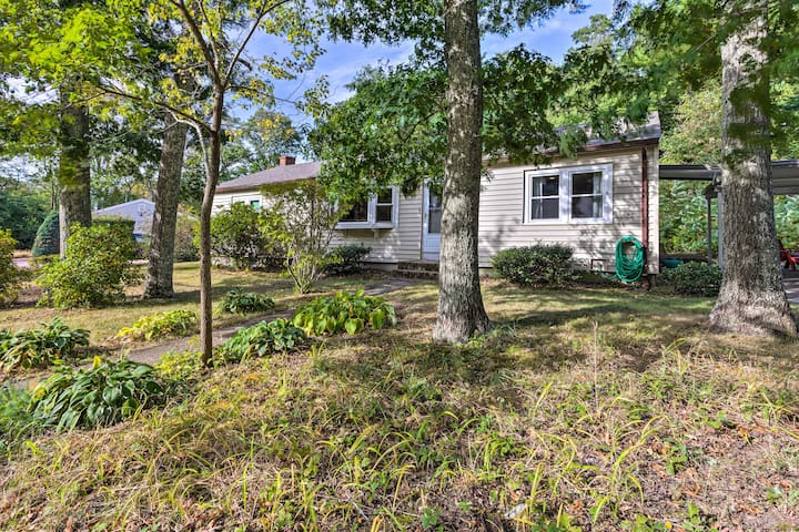 NEW! Home 7Mi to Downtown - Walk to Cape Cod Bay!