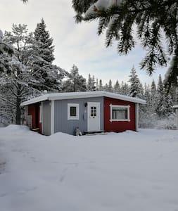 Rymlig stuga, ostört läge/Spaceous cabin