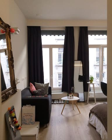Bright Room - middle of Antwerp - Antwerpen - Appartamento