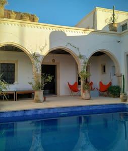 Beau houch Erriadh (4 suites) - Hara Sghira Er Riadh, Medenine, TN - บ้าน