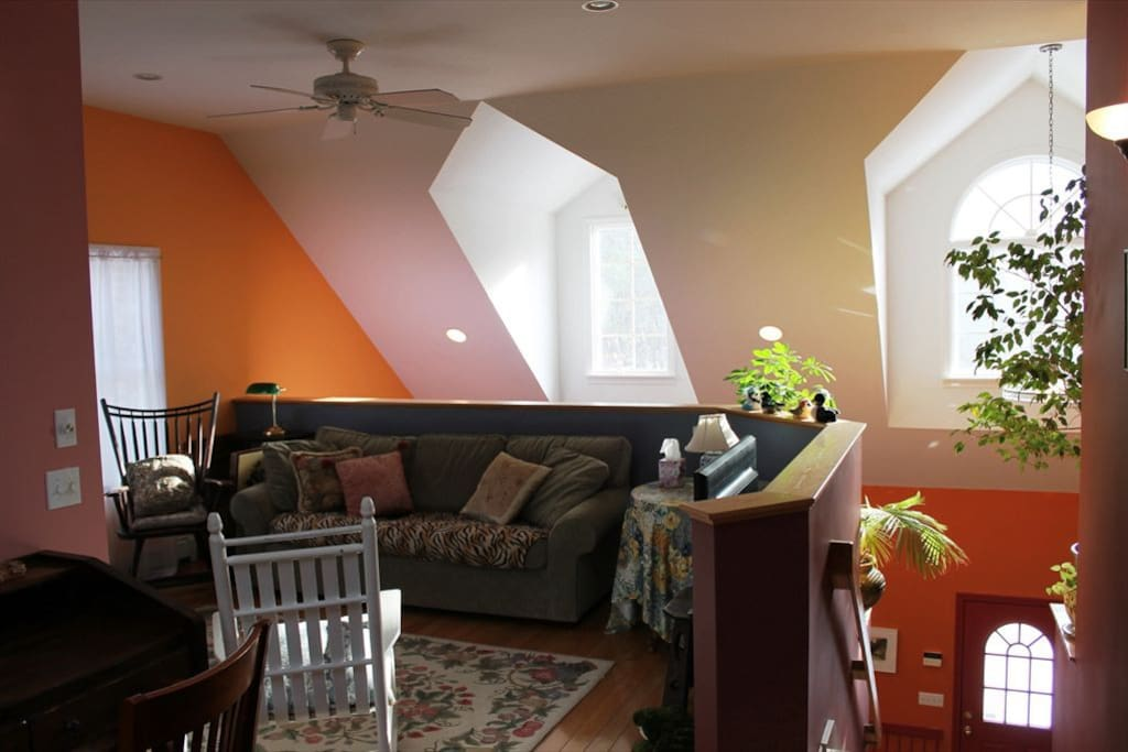 Upstairs loft with queen sofa bed