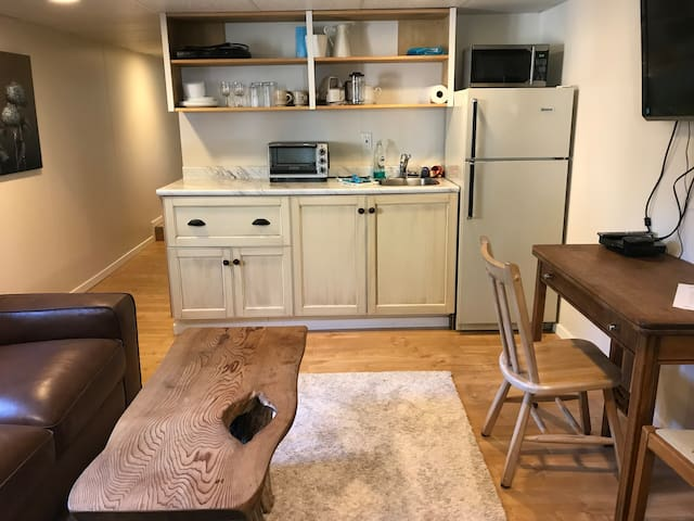 Well stocked kitchenette including hot plate, toaster/convection oven, microwave, crock pot and use of BBQ