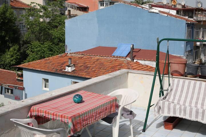 Jauska Roof Top of Kadikoy