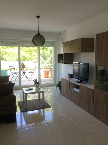 T2 40m² Balcon + parking sous-sol - Marseille - Appartement en résidence