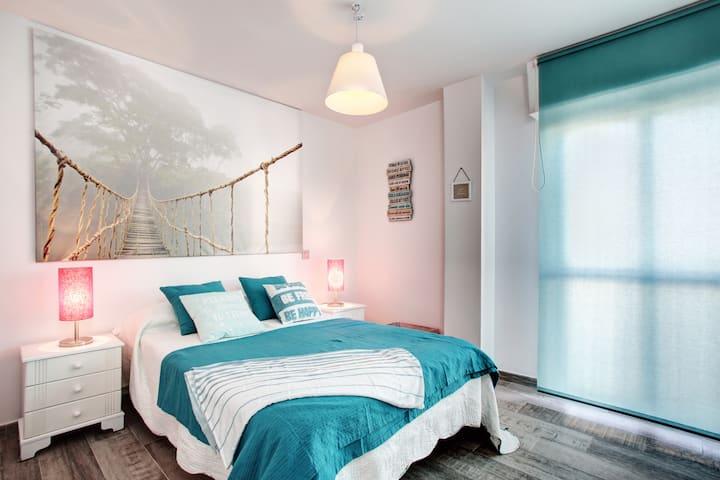 Luminoso apartamento en 1ª línea de playa