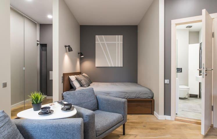Studio apartment with bathroom & kitchen No45