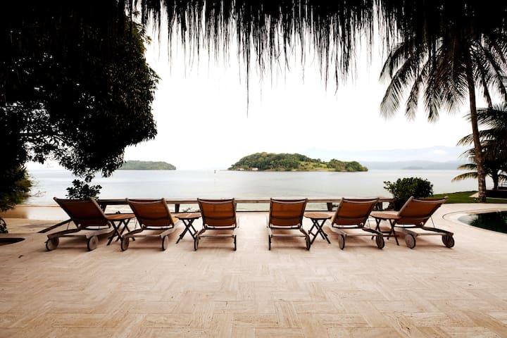 Princess Island - Angra dos Reis/ RJ/ Brasil