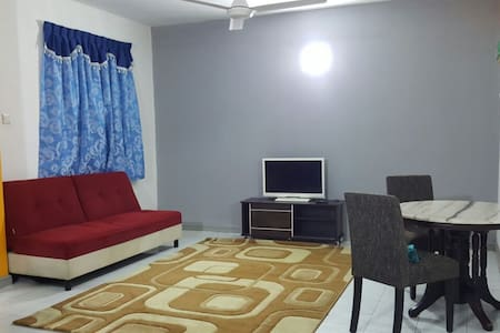 Anjung KLIA Apartment & Breakfast No 5 - Wohnung