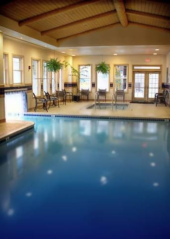South Lake Tahoe Vacation Resort Cozy 1 BR Suite
