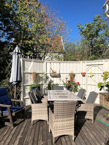 Own entrance, 20 min- city, Garden, Sauna, Netflix