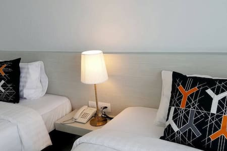 Modern and comfy place to stay! - Muang  - Pousada