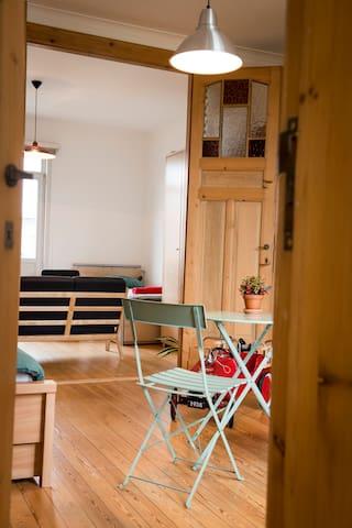 doorgang slaapkamer 1 en 2, kan ook worden gescheiden door dubbele deur