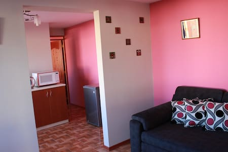 Room type: Entire home/apt Property type: Condominium Accommodates: 3 Bedrooms: 1 Bathrooms: 1
