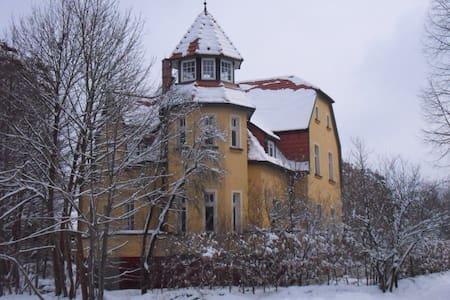 Ferienwohnung, Villenetage - Oranienburg