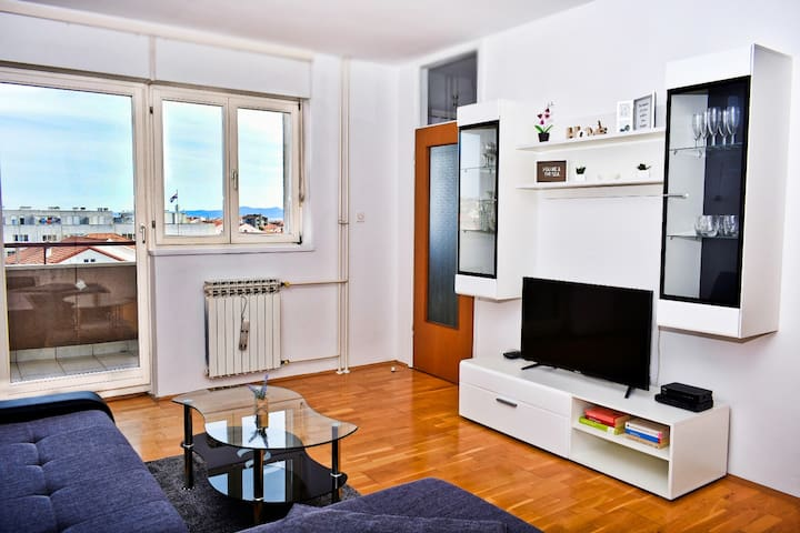 Cozy&Sunny Apartment Zadar | Free parking | Wi-Fi