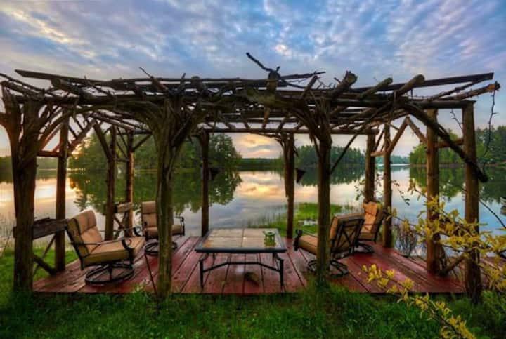 Draper Lake Cottage