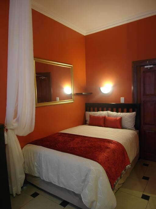 Bedroom Area Queen size Bed