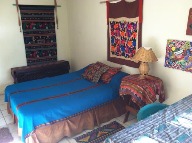 Artist's Home in San Pedro LL - San Pedro La Laguna - Lägenhet