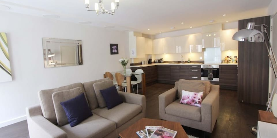 Kaleidoscope – 2 bedroom serviced apartment - Cambridge - Apartemen