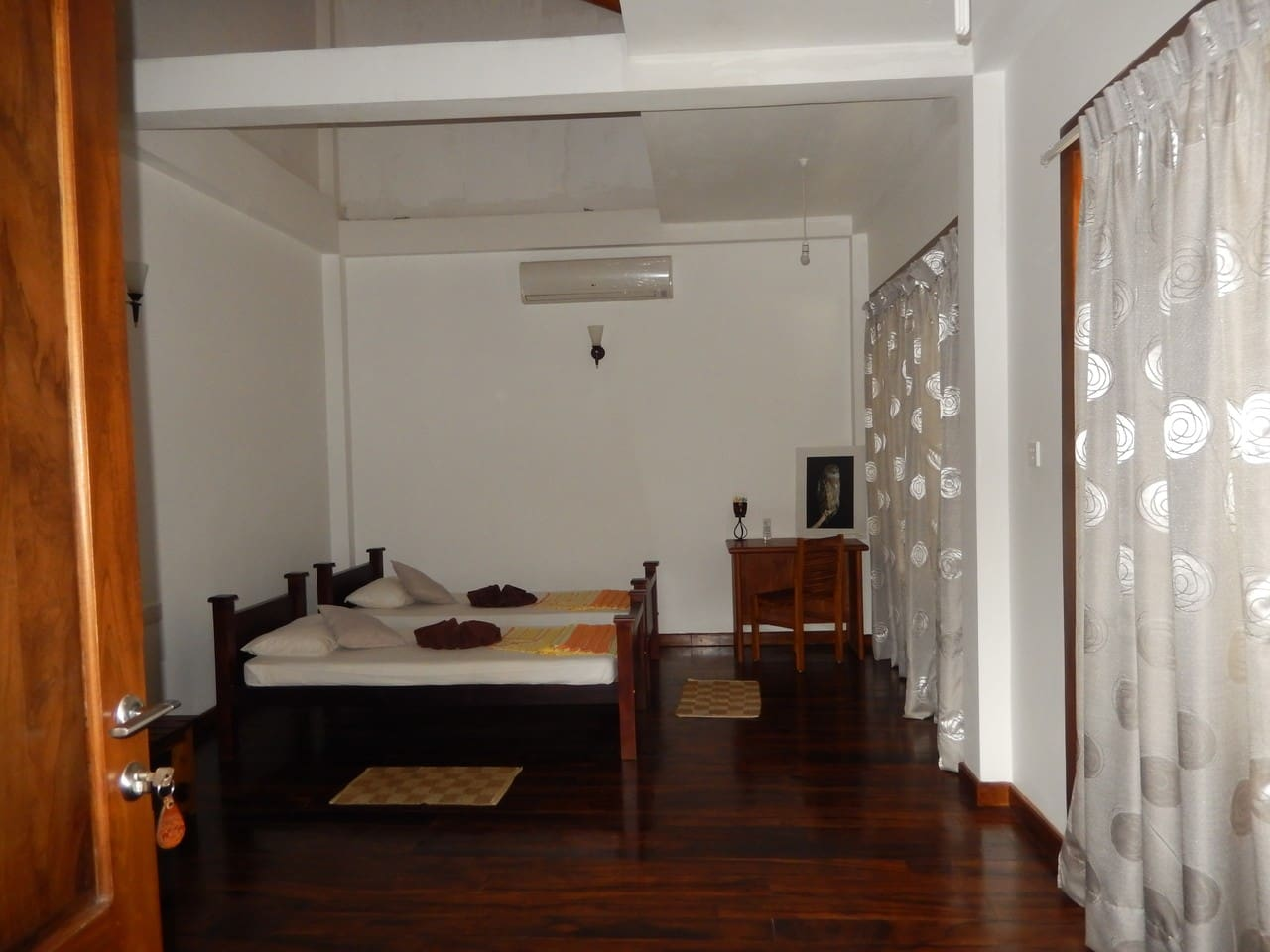 The bed, if desired, double beds and/or an additional bed can be provided