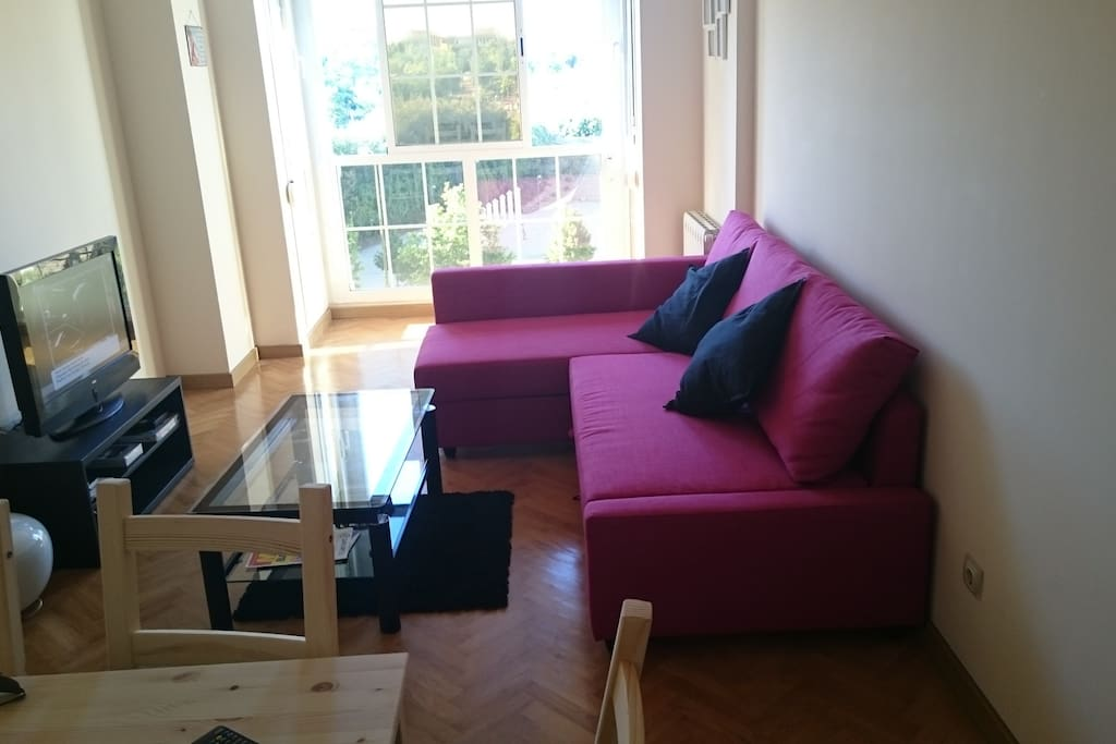 Living Room with double bed sofa 1.40x2