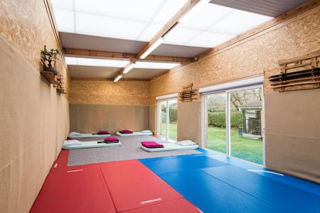 Dojo 80m2 $ 7km Lille perfect group