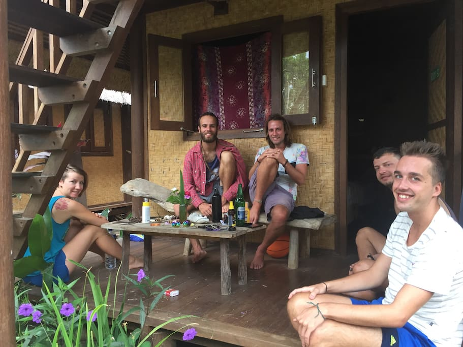 guest enjoy good vibe in Stone's Home Stay this bungalow have terrace with all rooms