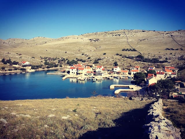Robinson fisherman's house - Kornati