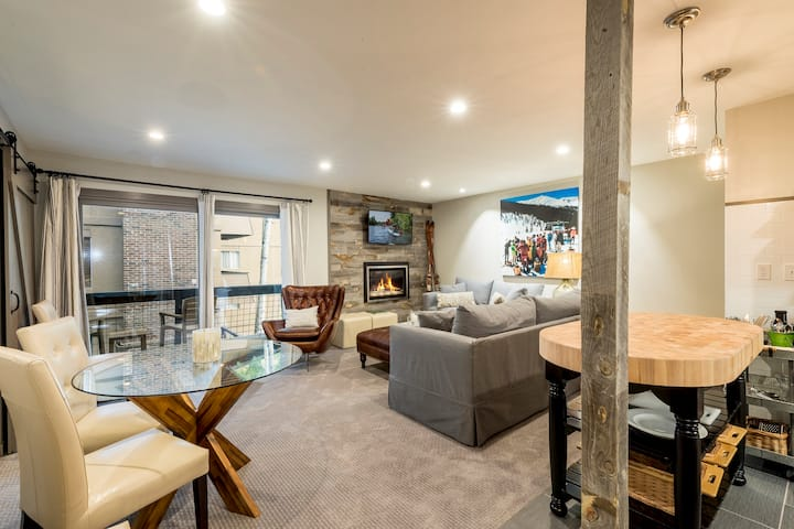 Updated Ski-In, Ski-Out Condo with Luxe Amenities