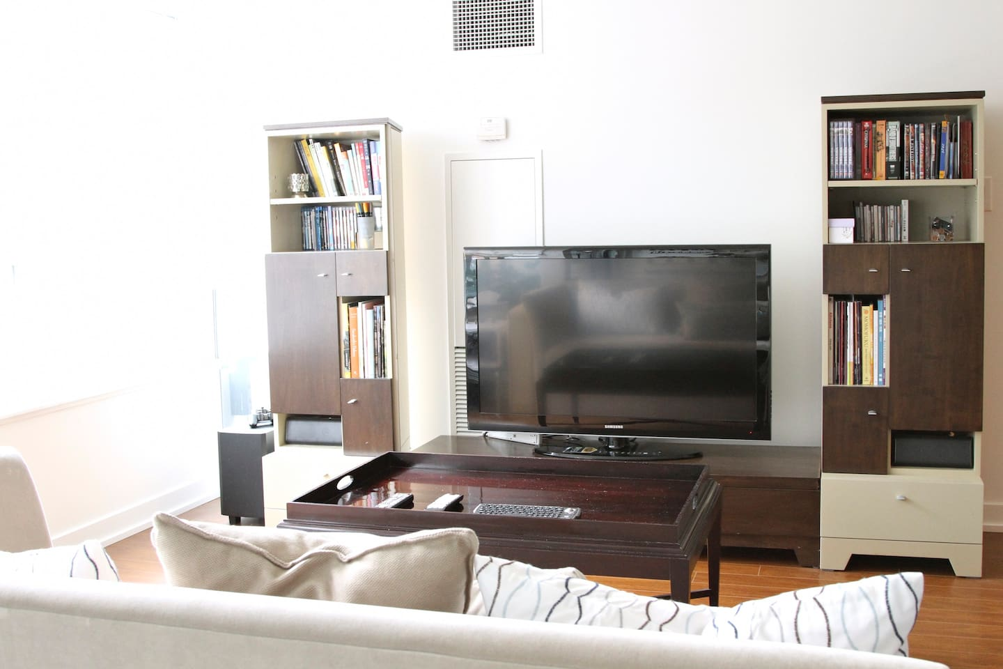 Family Room With TV, HIFI and BookShelf