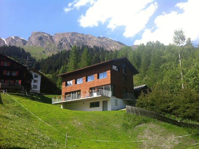 Ferien Haus am Schollabach, bei Splügen - Splügen - Huis