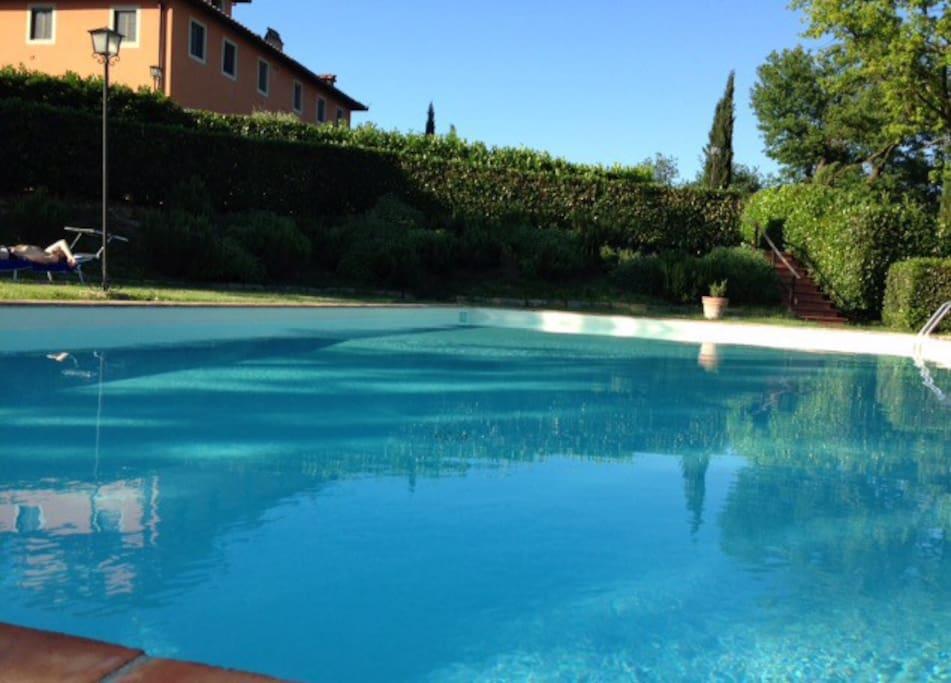 Casa in campagna con piscina huizen te huur in prulli di - Piscina di brembate sopra ...