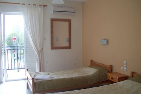 STUDIO ROOMS 5 MIN FROM LAGANAS - Laganas - Byt