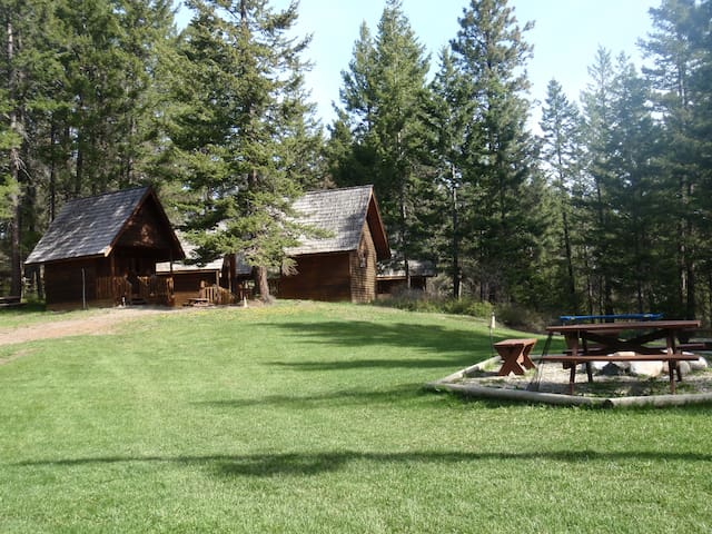 Cedar cabins in the country/cabin 1 - Vernon - Bungalo