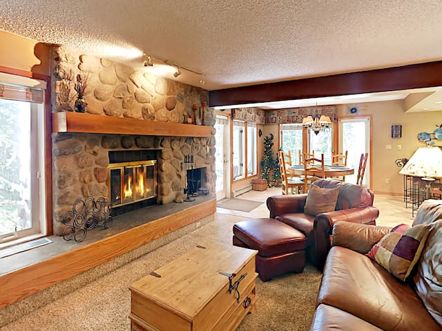 3BR Townhome on Ten Mile Creek