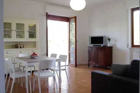 Appartamento ad un passo dal mare - Apartmen